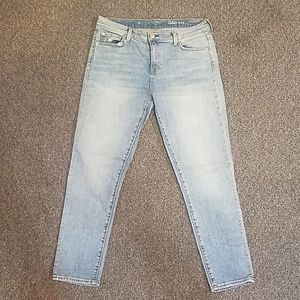 GAP 1969 light wash  jeans size 30